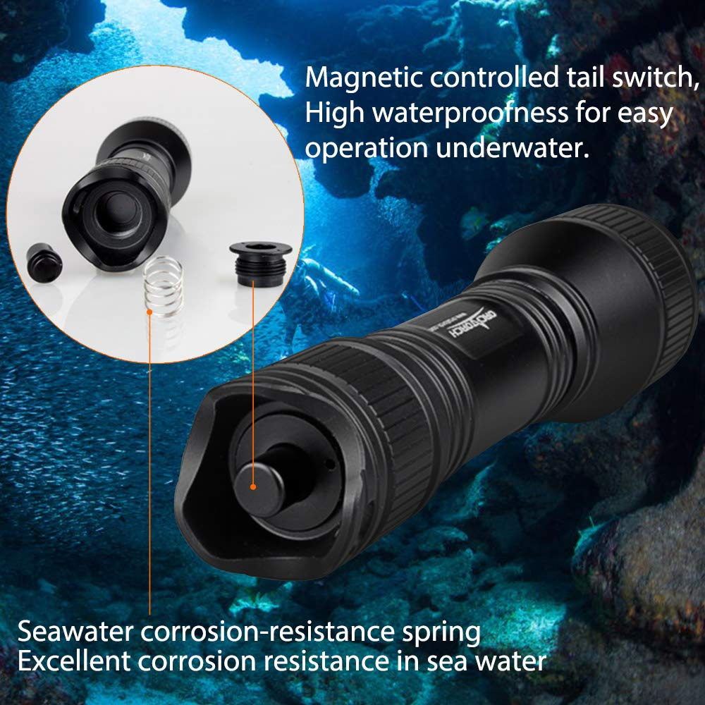 ORCATORCH 2018 Upgraded Version D550 Dive Light 970 Lumens Scuba Safety Torch XM-L2 LED Submarine Flashlight with 3400mAh Battery, Charger, Wrist Strap, Lanyard, Waterproof O-Rings by ORCATORCH (Image #3)