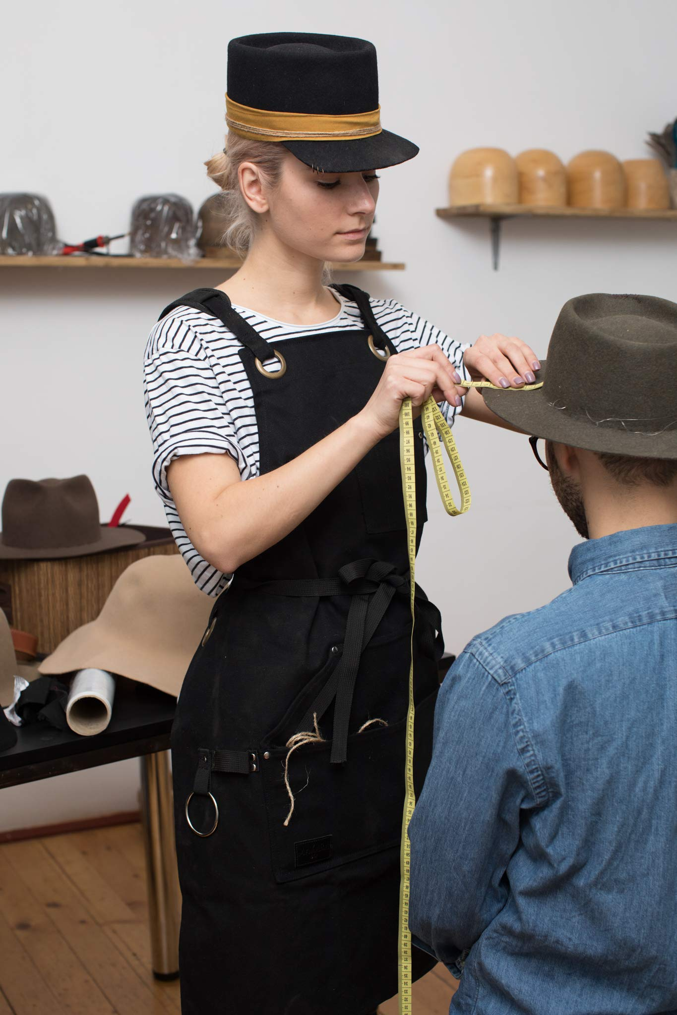 Shop, Work Apron - Waxed Canvas woodworking apron with 6 Spacious Pockets - Durable Apron Tool with Microfiber Towel Included - No Neck Pain, Smart Cross-Back Straps Design - Fully Adjustable S to XXL by Makara.907 (Image #9)