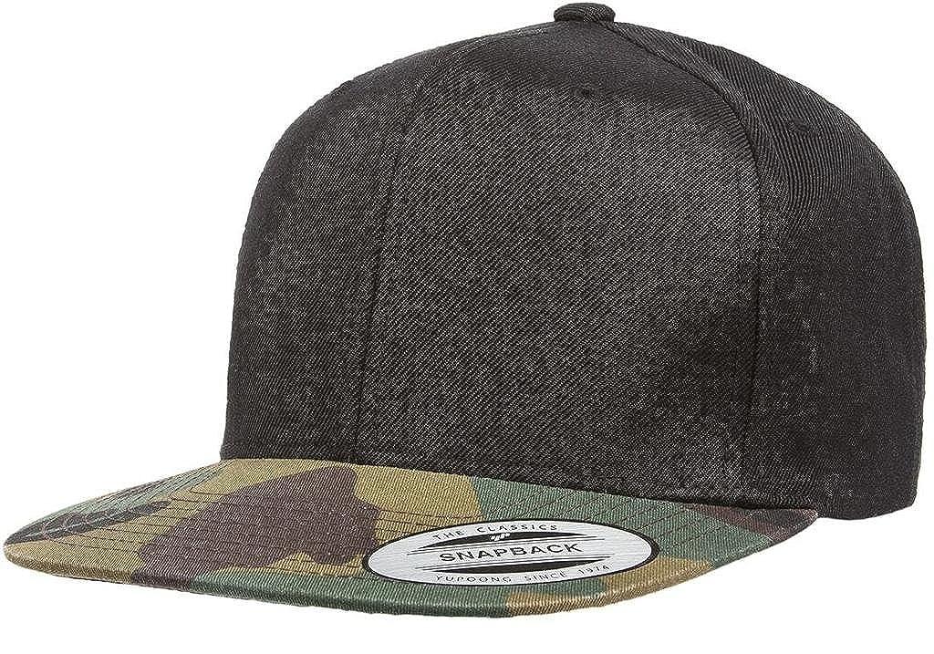 09d60cf2c7e Amazon.com  Yupoong 6089M Classic Snapback Pro-Style Wool Cap by Flexfit  (Black Camo)  Clothing