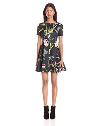 Amazon.com: Ted Baker Women&-39-s Moven Oriental Floral Short Sleeve ...
