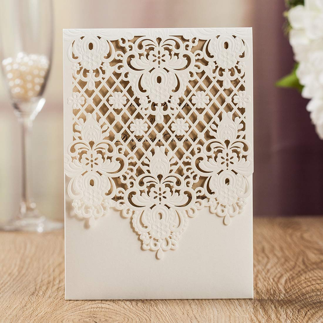 WISHMADE 50 White Floral Laser Cut Invitation Cardstock with Envelopes, Elegant Invitation kit Personalized, for Wedding Bridal Shower Engagement Birthday Party Quinceanera
