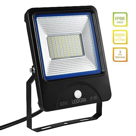 Luces de inundación Ledgle 60W LED Luces de sensor de movimiento, iguales a lámparas halógenas