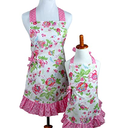 97e4843005be Bumblebee Linens Mommy Daughter Matching Pink Floral Hostess Kitchen Cloth  Apron Set with Pockets - Woman