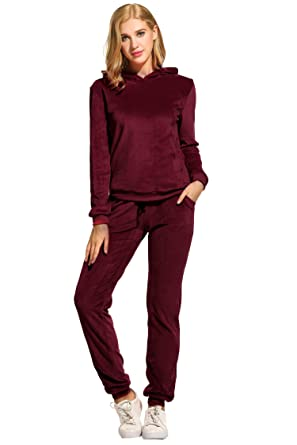 6b4502de59d90 Hotouch Womens Velvet Hooded Sweatshirt Athletic Soft Plus Tracksuit Set  Wine Red S