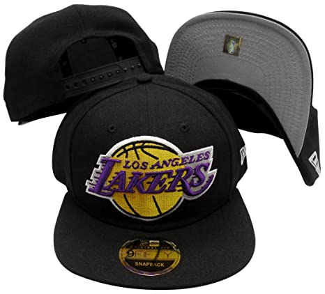 b83d0bcd2ce Image Unavailable. Image not available for. Color  Los Angeles Lakers Black  Logo Grand 9FIFTY Adjustable Snapback Hat   Cap
