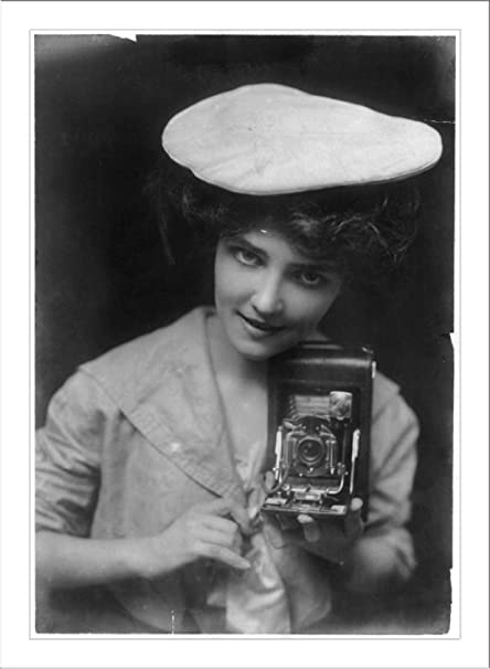 Amazon com: Historic Print (L): No  28 - The Kodak Girl