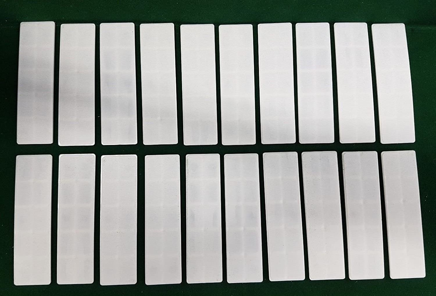 20 x WHITE 3mm x 100mm x 28mm PLASTIC WINDOW GLASS GLAZING PACKERS SPACERS