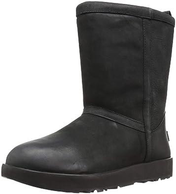 da77277905 Amazon.com: UGG Women's Classic Short L Waterproof: Shoes