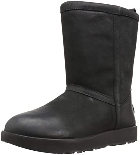 25d3ab09d84 Amazon.com | UGG Women's Classic Short L Waterproof | Ankle & Bootie