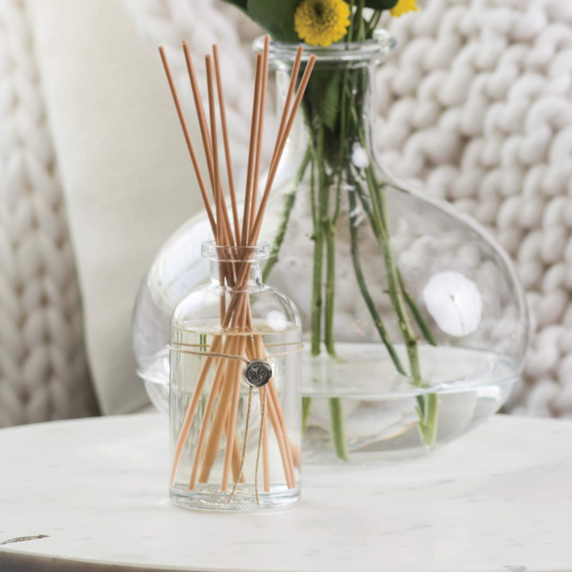Votivo Aromatic Reed Diffuser - Red Currant by Votivo (Image #6)