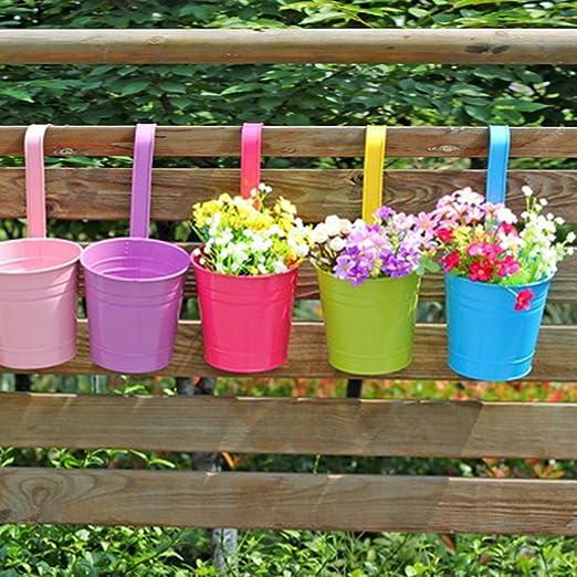 Planchas de metal para colgar macetas, 10 diferentes balcón jardín maceta flor plantas valla color cubo macetas percha con desmontable ganchos para hogar decoración de interior al aire libre: Amazon.es: Jardín