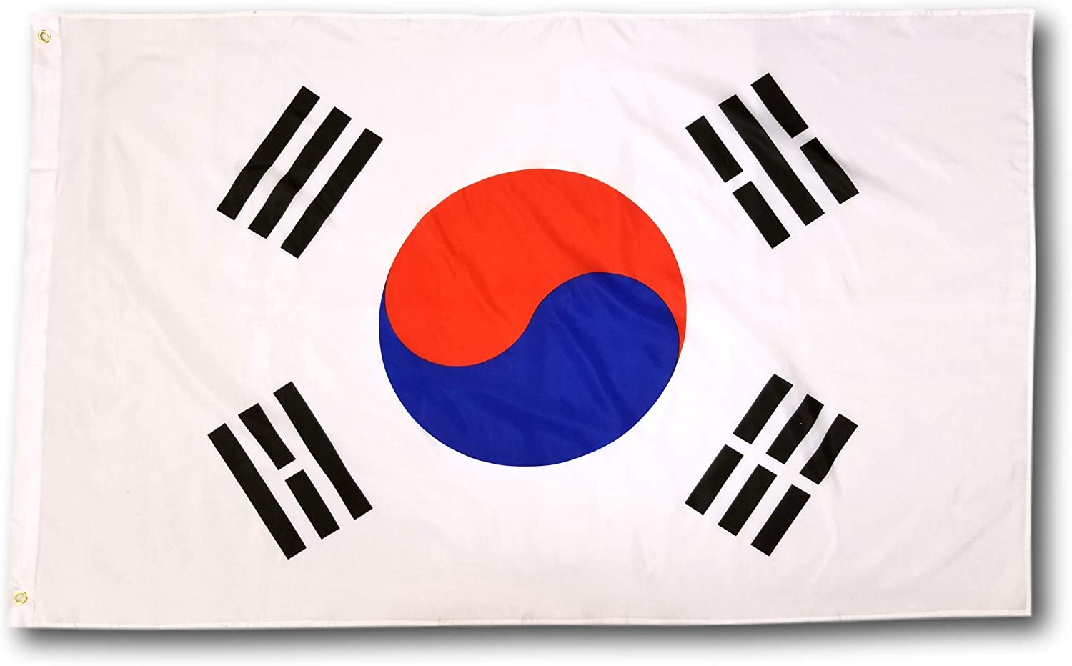 High Supply 3x5 South Korea Flag With Double Stitched Edges Two Brass Grommets And 100 Polyester Fabric 3x5 South Korea Flag Of South Korea 3x5 South Korean Flag Garden Outdoor