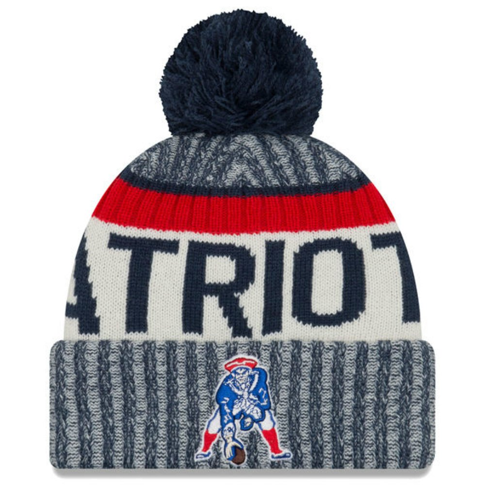 ee43e62eb64 Amazon.com   New England Patriots Throwback Logo Sideline Sports Knit Pom  Beanie One Size Fits All Hat Cap   Sports   Outdoors