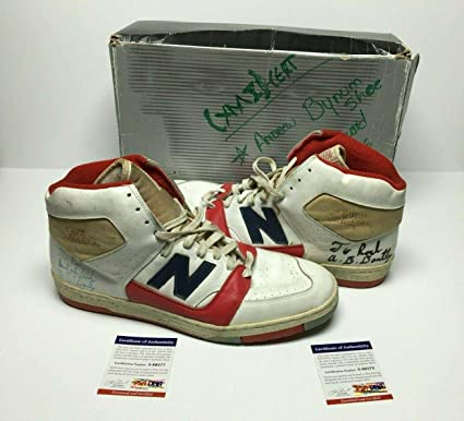 aterrizaje Disgusto intersección  Adrian Dantley Signed Vintage New Balance Basketball Shoes/Sneakers -  PSA/DNA Certified - Autographed NBA Sneakers: Amazon.ca: Sports & Outdoors