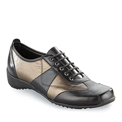Munro Women's Pace Lace-Up Shoes, Bronze Kid, 6 W (D) | Shoes