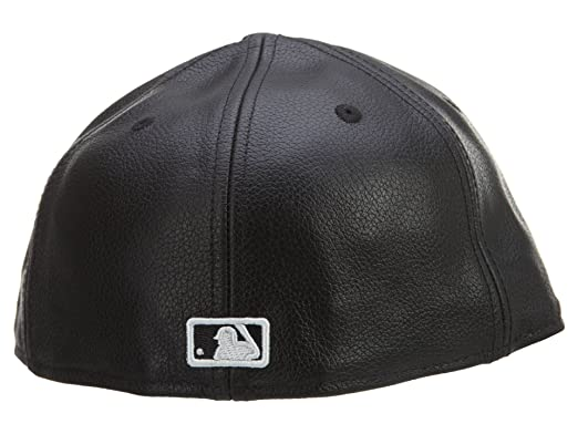 7dfa0144d9418 Amazon.com  New Era 59Fifty Leather New York Yankees Black Fitted ...