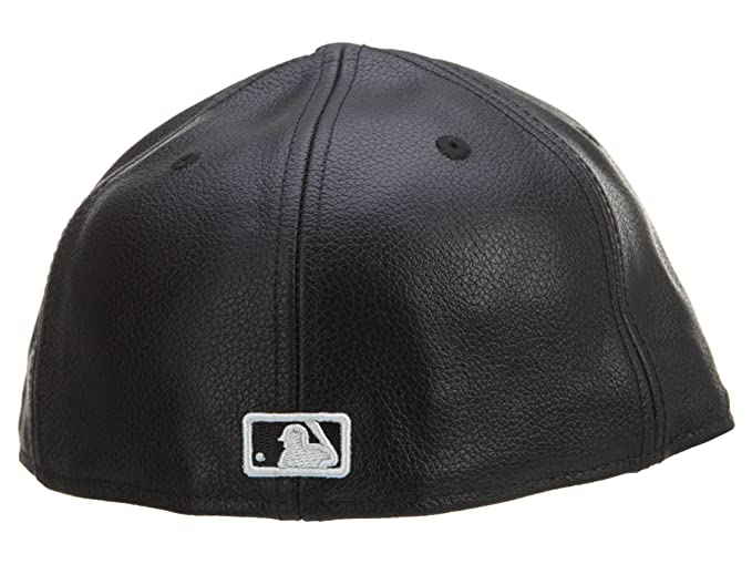 61057786a58 Amazon.com  New Era 59Fifty Leather New York Yankees Black Fitted ...