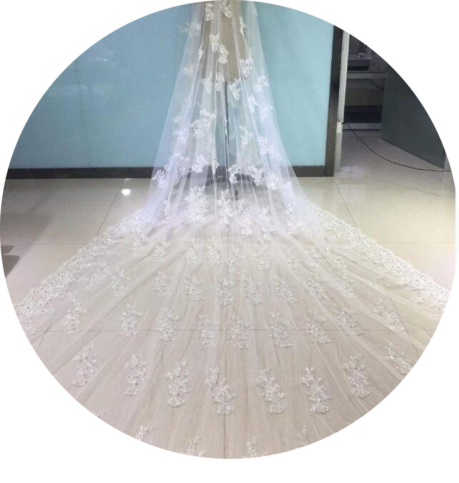 Gorgeous Wedding Veil With Lace Appliques Sequins Crystals One Layer New Design Bridal Veil With Comb Real Piutures,Ivory,500Cm