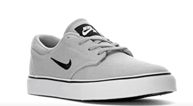 Nike Boy's SB Clutch Grade School Skateboarding Shoes