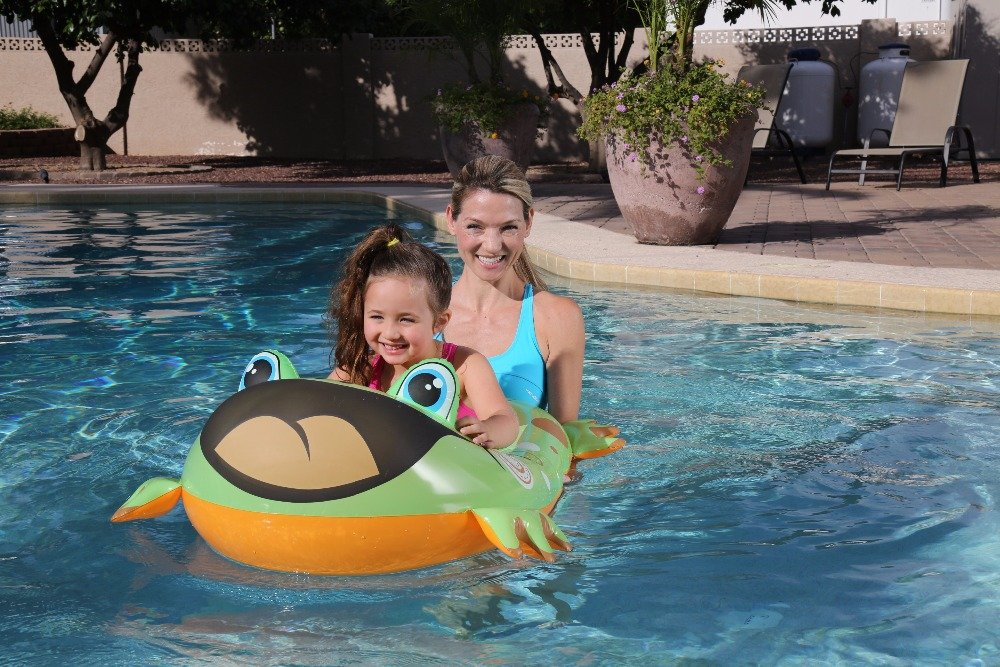 Labu Store 34085 Bestway children boat water inflatable toy submarine 99x66cm children Pool Float in Two different animal Designs b33