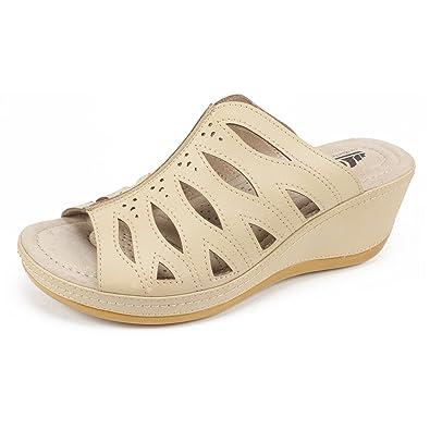 e02bfd79ef0 CLIFFS BY WHITE MOUNTAIN Shoes FARRYN Women s Sandal