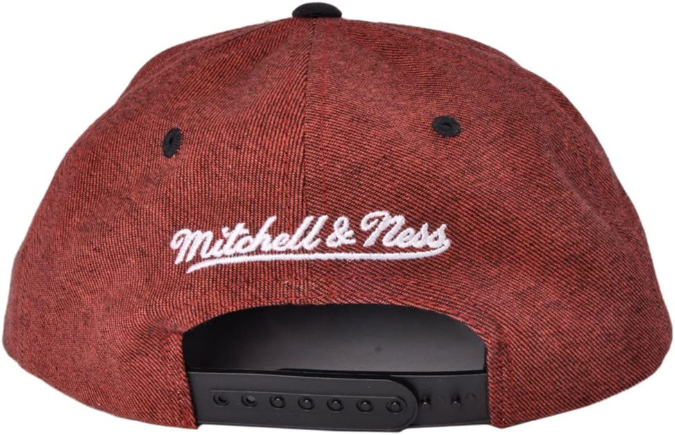 lowest price for whole family top design Amazon.com : Mitchell Ness Denim Harry 2 Tone NBA Chicago Bulls ...