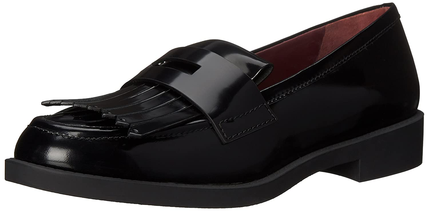 5f11a63c2d5 Amazon.com  Marc by Marc Jacobs Women s Wooster Kilt Penny Loafer  Shoes