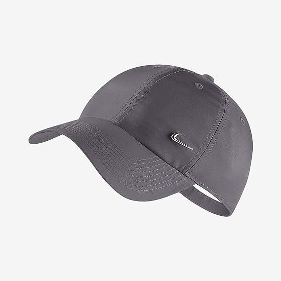 1b3c689708e33 Boné Nike Aba Curva Sportswear H86 Metal Swoosh - 943092-021  Amazon ...