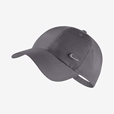 9b72d4891b20c Nike U NK H86 Metal Swoosh Hat, Dark Grey/Metallic Silver, One Size ...
