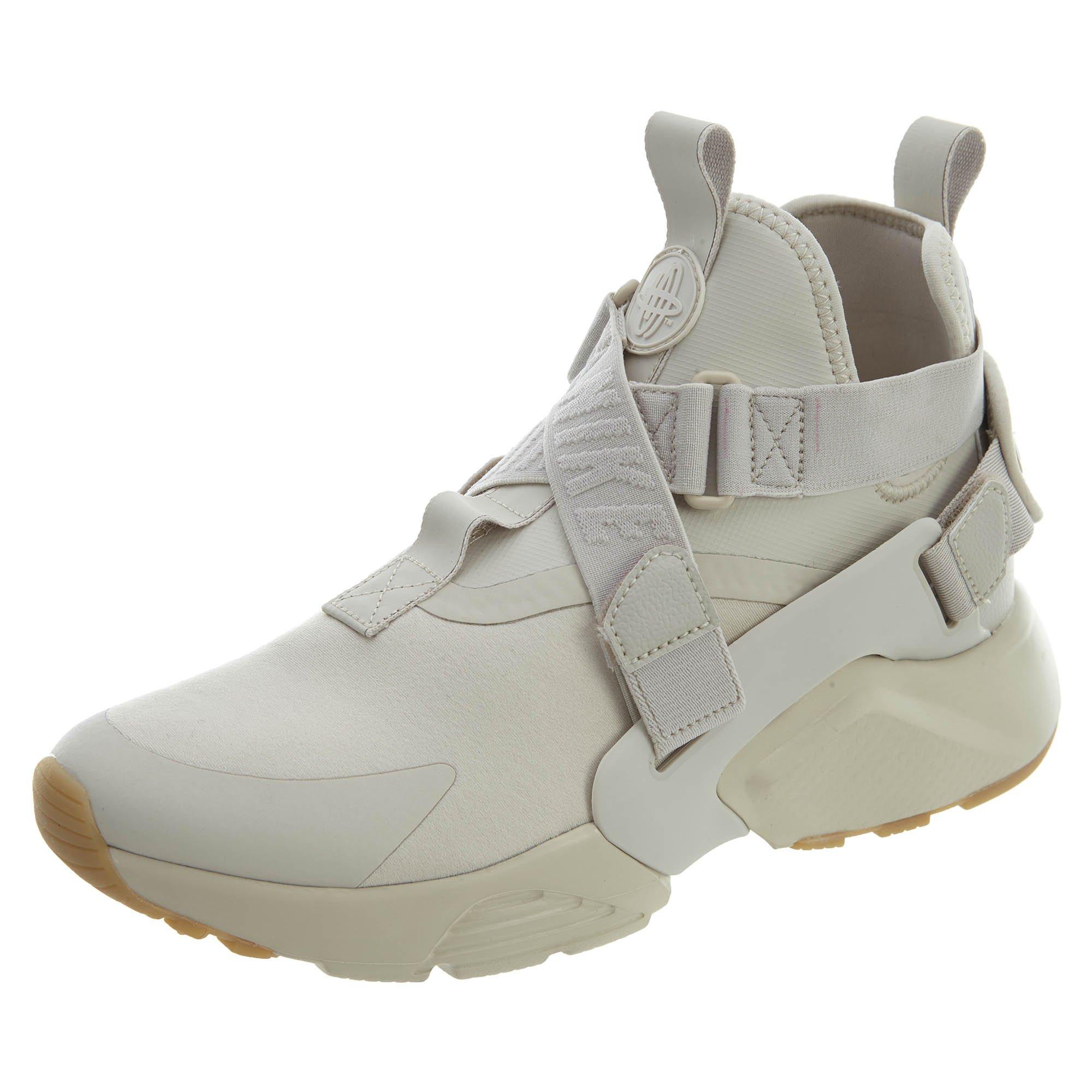 the best attitude bebfc 83256 Galleon - NIKE Women s Air Huarache City Low-Top Sneakers, Beige (Desert  Sand Desert Sand-White-Gum Light Brown 001), 7 UK 41 EU