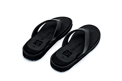 b8e4e45b9 Medlife Women s Rubber Diabetic and Orthopedic Footwear - Black (Size  4-10)  Buy Online at Low Prices in India - Amazon.in