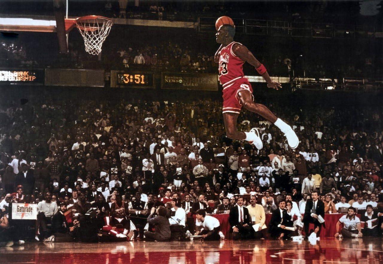 vencimiento Fértil Refrescante  Michael Jordan Famous Foul Line Dunk Vintage Sports Poster Print - 24x35:  Amazon.ca: Home & Kitchen