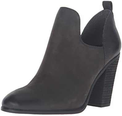 02eb34f183ba Vince Camuto Women s Federa Ankle Bootie
