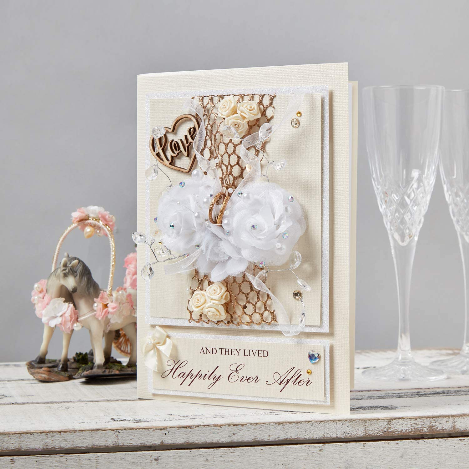 Handmade UK Wedding Gift Card Luxury /'and They Lived Happily Ever After/' Keepsake Boxed Wedding Card 3D Gift for The Bride and Groom Mr and Mrs to be Wedding Day Card Congratulations