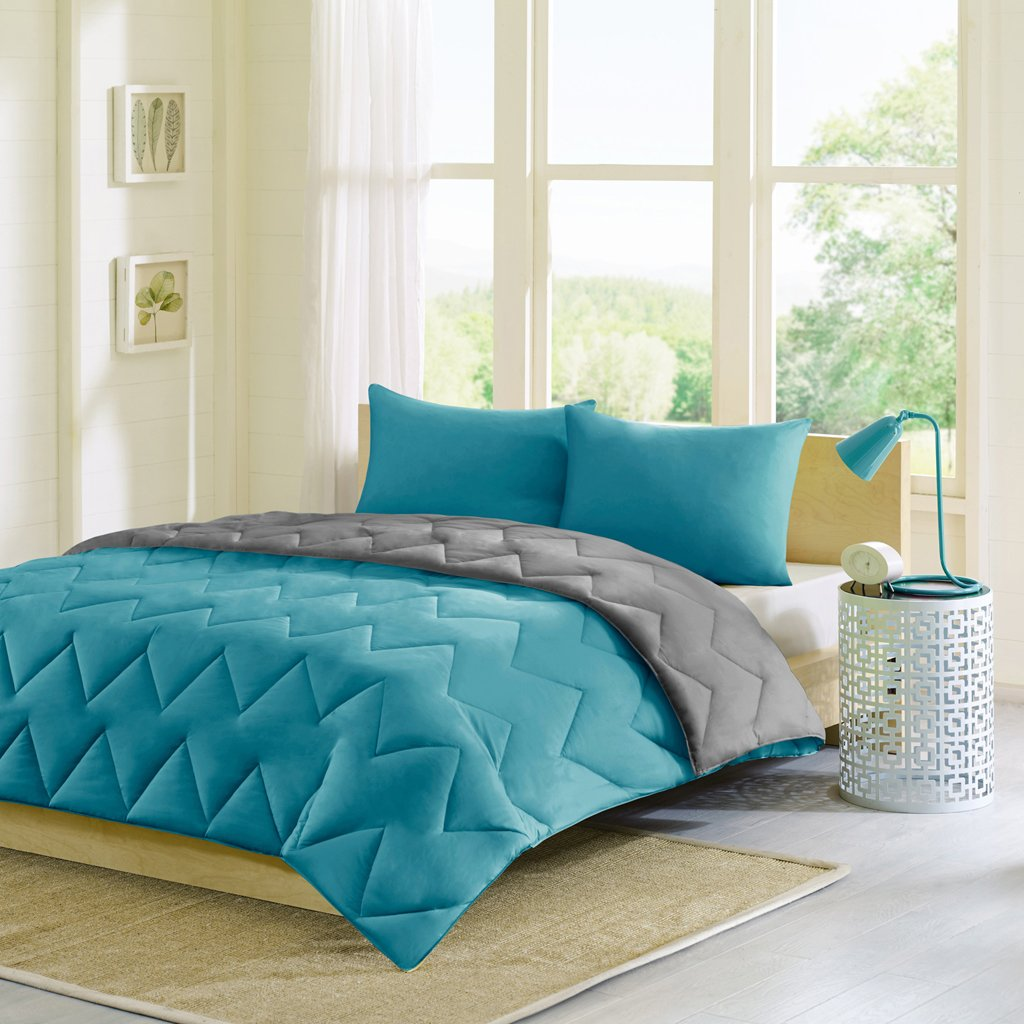Roll over image to zoom in Intelligent Design Trixie Reversible Down Alternative Comforter Mini Set, Teal/Grey