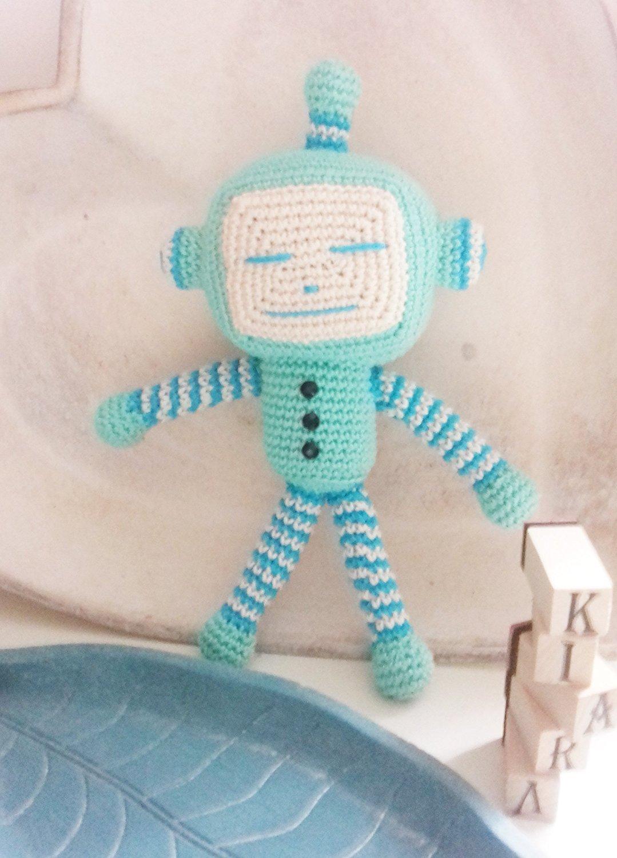 Robbie Robot - Amigurumi Pattern - Delicious Crochet | 1500x1079