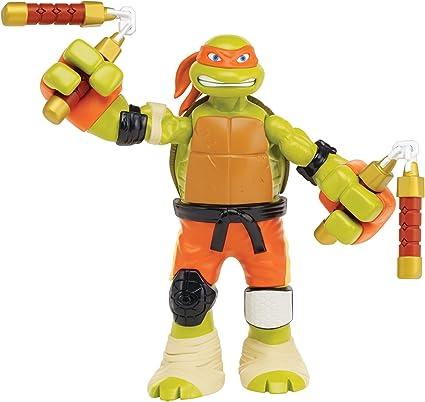 Teenage Mutant Ninja Turtles Roll N Punch Michelangelo Action Figure