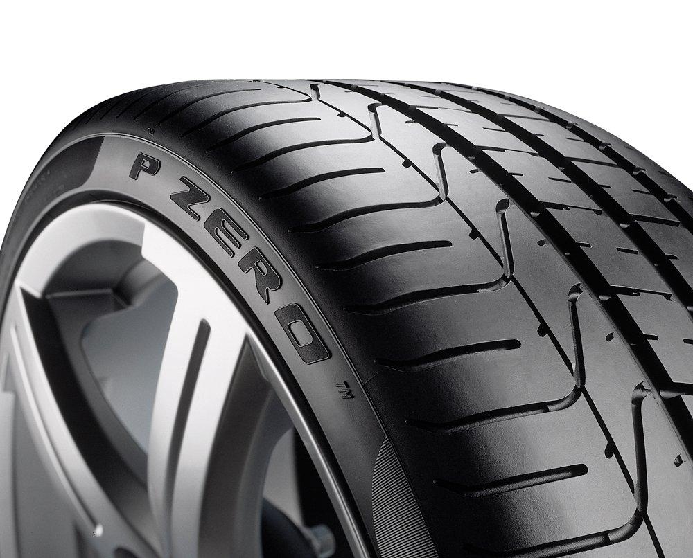 Pirelli P Zero runflat Summer Tire F//A//71 245//40//R18 93Y