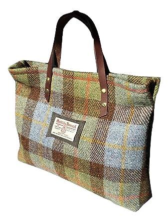 f1a1cf648fce4 Amazon.com  Harris Tweed Ladies Runner Bag - FREE STANDARD SHIPPING -  Hunting MacLeod Green Plaid Design Hand Made in Scotland  Clothing