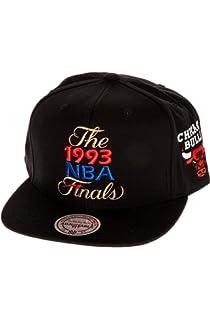 0c21aba2dbf450 Mitchell & Ness Men's Chicago Bulls 1993 NBA Finals Commemorative Snapback  Hat