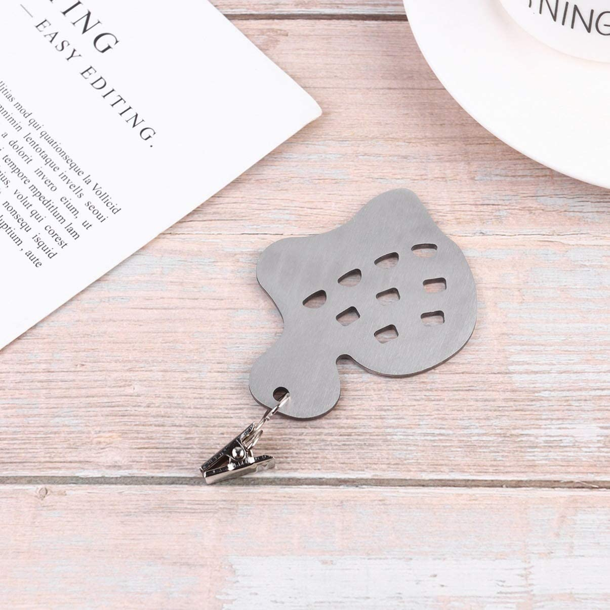Leaf Pattern Cabilock 4pcs Tablecloth Weights with Metal Table Clip Clamps Stainless Steel Tablecloth Clips for Outdoor Garden Party Picnic Table Covers