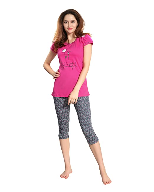 562fd40f11 AV2 Women Cotton Top   Capri Set 2781  Amazon.in  Clothing   Accessories
