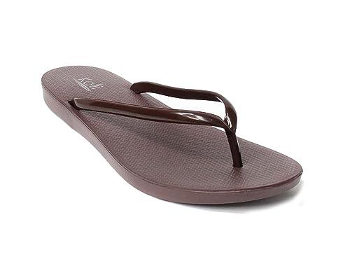 e20b14f815e Kali Footwear Women s Cushion Comfort Lightweight Flip Flop Sandals (7 B(M)  US