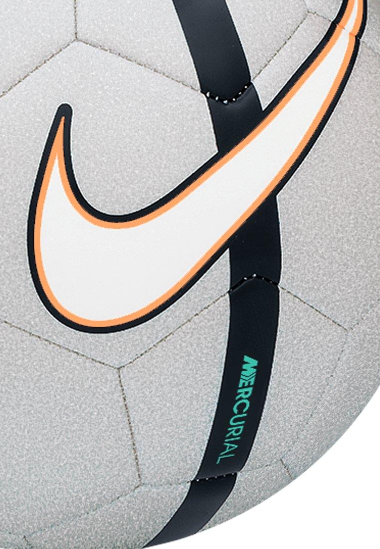 Nike Balón CR7 Prestige: Amazon.es: Deportes y aire libre