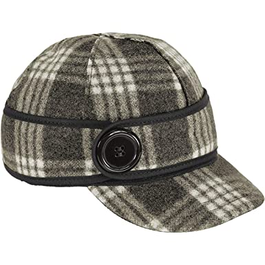 25a02c951df Amazon.com  Stormy Kromer Women s The Button Up Cap  Clothing