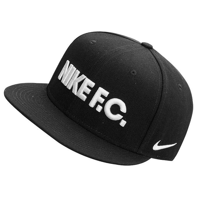 Nike F.C. - Cappellino Snap Back cap  Amazon.it  Sport e tempo libero 70d2fb7f72f4