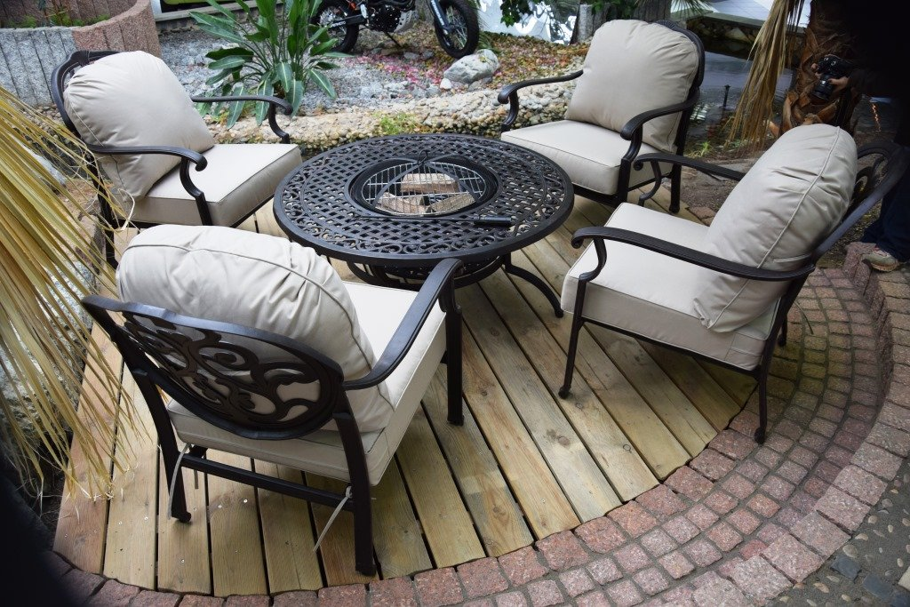 Sitzgruppe,Grilltisch,Gartentrend 2016,Feuerkorb,Grill,Garten,Gartengrill,Aluguss