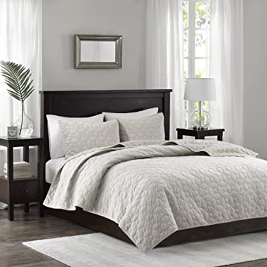 Madison Park Harper Velvet King/Cal King Size Quilt Bedding Set - Ivory, Geometric – 3 Piece Bedding Quilt Coverlets – Velvet with 90% Cotton Filling Bed Quilts Quilted Coverlet