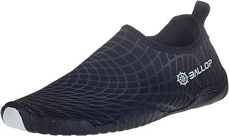 Material 3d permite un contacto estrecho entre pie y calzado; óptima para al aire libre y al cubiert