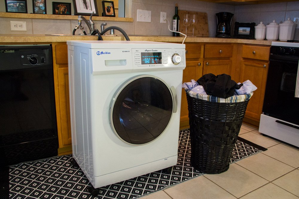 Amazoncom Meridian Convertible Venting Ventless Combo Washer Dryer Md White  Appliances.